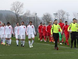 Anadolu Selçuksporlu futbolcular göz doldurdu