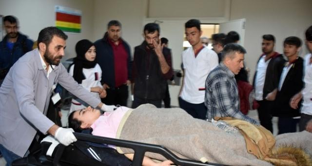 Aksaray'da öğrenci minibüsü devrildi: 18 yaralı