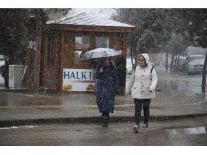 Ordu, Bayburt ve Gümüşhane'de kar yağışı