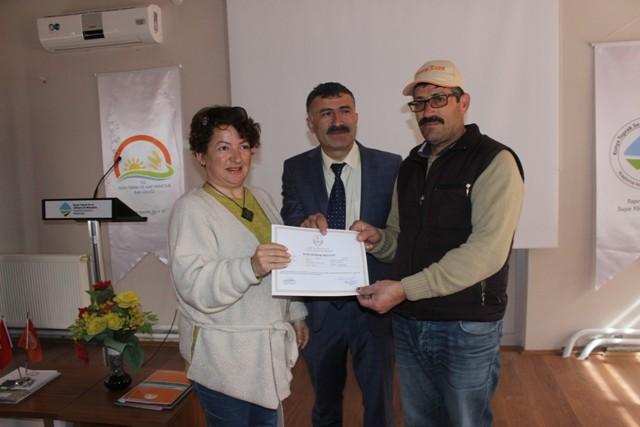 Ağaç budama kursuna katılanlara sertifika verildi