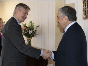 KKTC Cumhurbaşkanı Akıncı, Lacroix ile görüştü