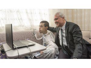 AÜ engelli gencin eğitimi için özel sistem geliştirdi