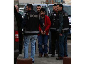 Sivas'taki FETÖ'nün hücre evleri operasyonu