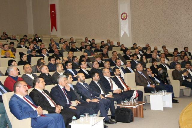 Seydişehir'de kalkınma paneli düzenlendi