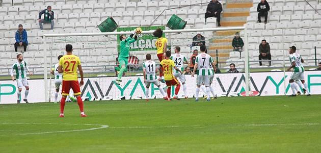 Konyaspor'a evinde şok!