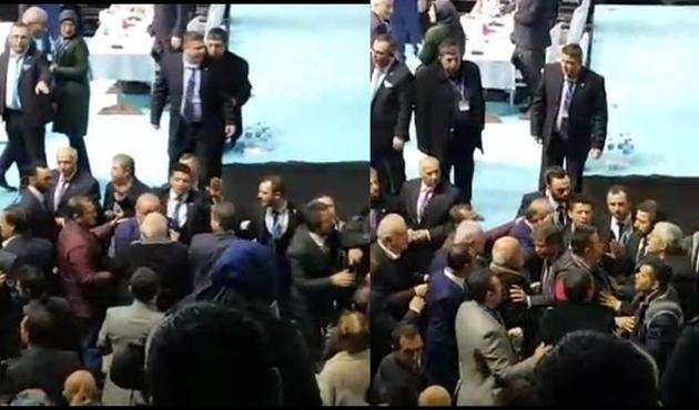 Sakarya İl Başkanlığı seçiminde kavga çıktı...