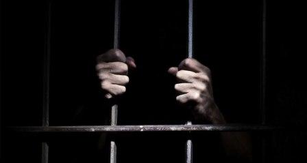 Bebeğin ölümünden sorumlu tutulan doktora 3 ay hapis cezası