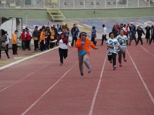 Okullarda özel sporcular yarıştı