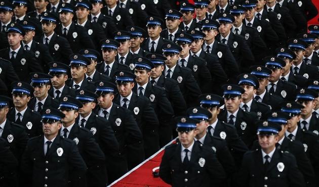 10 bin polis adayı alınacak...