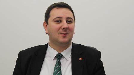 'Erdoğan'ın Makedonya ziyareti Balkan Türkleri için önemli'