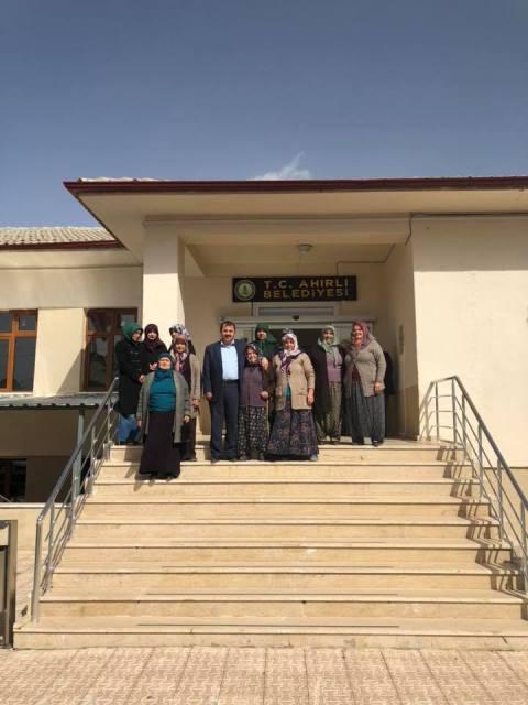 Kadınlardan Başkan Akgül'e teşekkür ziyareti