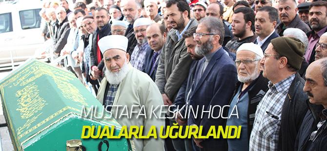Mustafa Keskin Hoca Hakk'a yürüdü