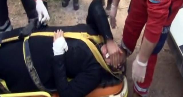 Teröristlerin yaraladığı kadın, operasyon bölgesinden kurtarıldı
