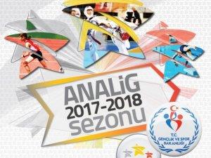 Badminton çeyrek final müsabakaları Konya'da yapılacak