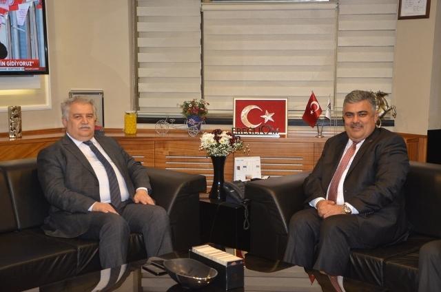 Rektör Şeker'den Başkan Özgüven'e Ziyaret