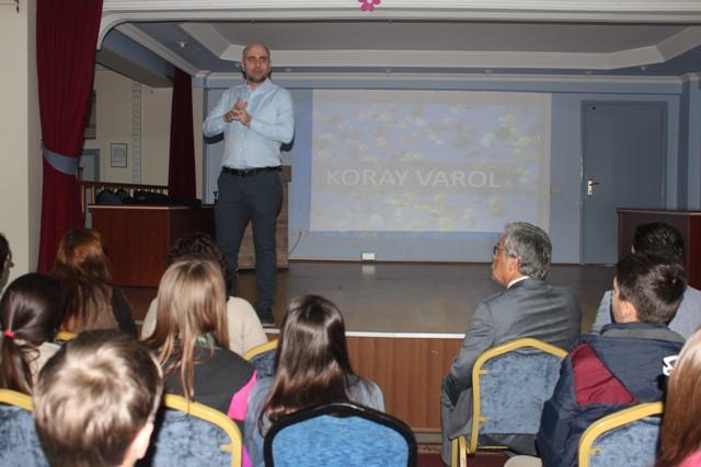 Koray Varol Konya'da seminere katıldı