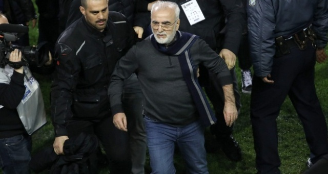 Yunanistan ligi askıya alındı