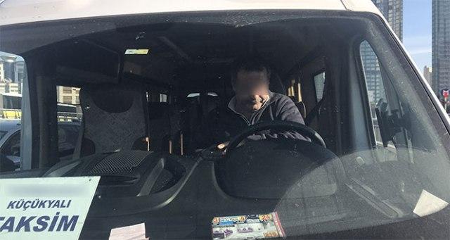 'Bonzai' etkisindeki servis şoförü direksiyon başında sızdı