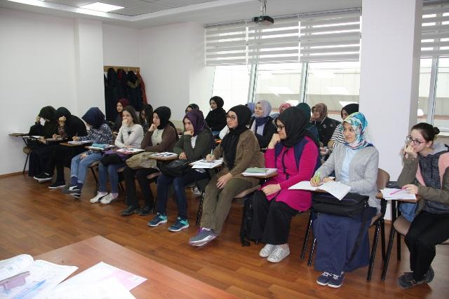 Celaleddin Karatay Gençlik Merkezi Öğrencilerden Yoğun İlgi Görüyor