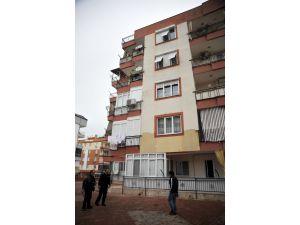 Antalya'da 4. kattan düşen çocuk yaşamını yitirdi