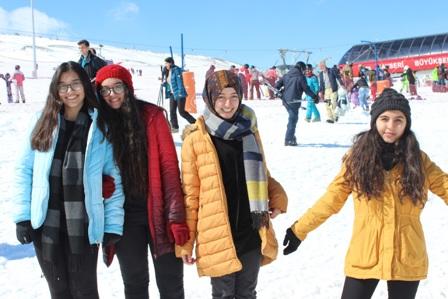 Enderun Öğrencileri Erciyes'in Zirvesinde