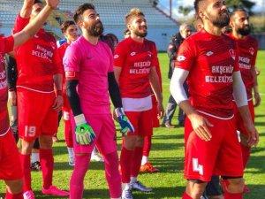 Akşehirspor BAL'a devam dedi