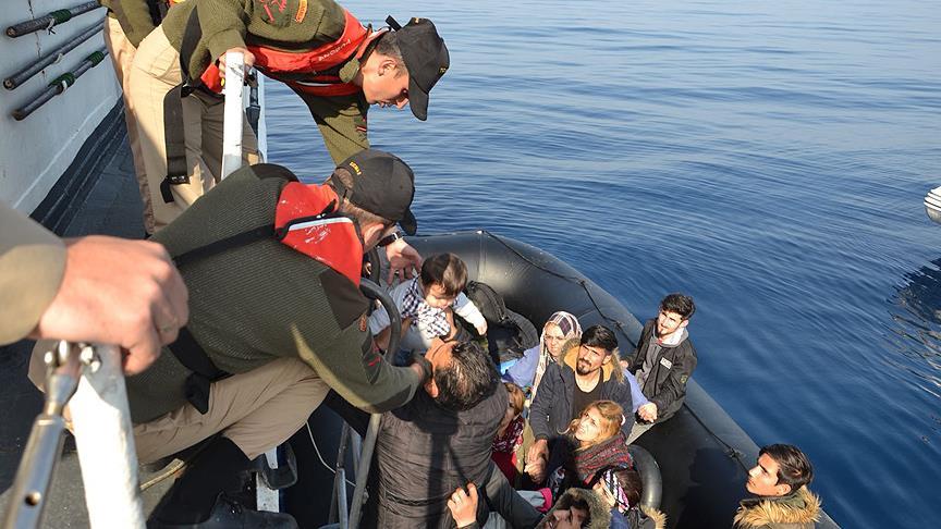 Bir haftada bin 376 kaçak göçmen yakalandı