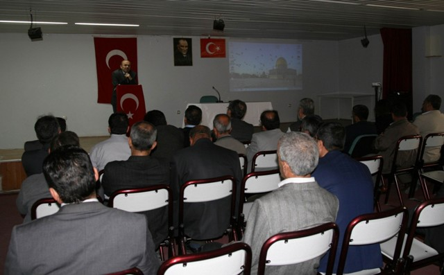 Kulu'da Kudüs ve Mescid-i Aksa konferansı