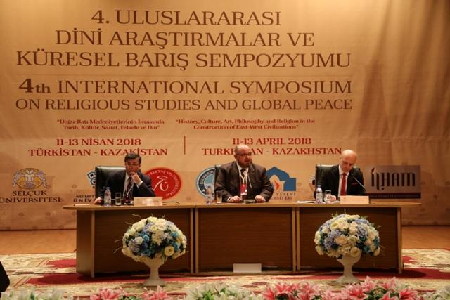 TİMAV'da Doğu ve Batı Medeniyetleri konuşuldu