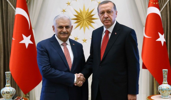 Erdoğan, Yıldırım ve kurmaylarıyla görüşüyor!