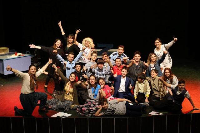 Diltaşlılardan tiyatro gösterisi