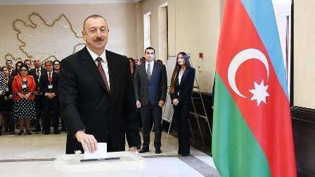 Azerbaycan Cumhurbaşkanı Aliyev yemin ederek görevine başladı
