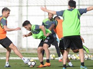 Atiker Konyaspor'da Kasımpaşa maçı hazırlıkları sürüyor