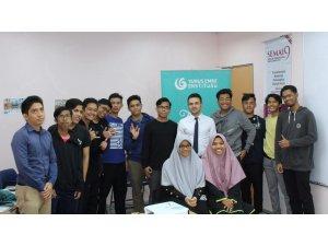 Türkçe dersi Malezya'da okul müfredatına girdi