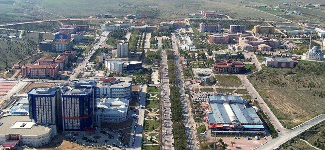 Konya Üniversitesi komisyonda