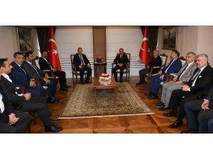 """""""Trabzonspor'u hep birlikte zirveye taşıyacağız"""""""