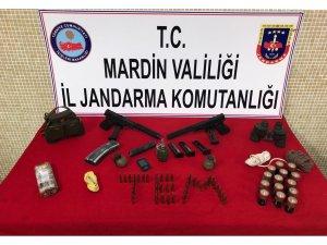 Terör operasyonunda silah ve susturucular bulundu