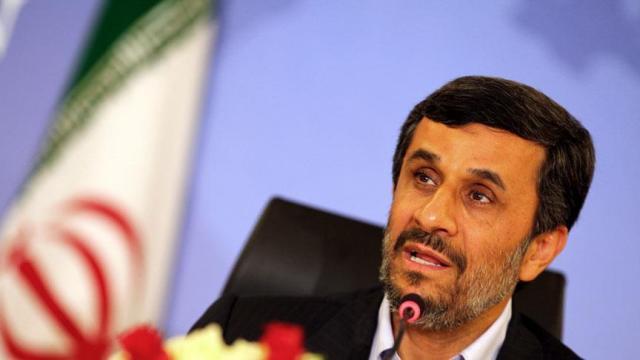 Ahmedinejad'a yakınlığıyla bilinen gazeteciye gözaltı