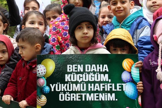 Saadet Partisi Kadın Kolları'ndan 23 Nisan mesajı