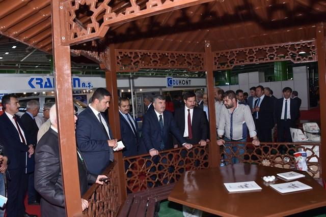 Başkan Akyürek, Yapı Fuarını gezdi