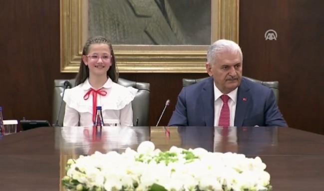 Başbakanlık koltuğu son kez Esma'nın!