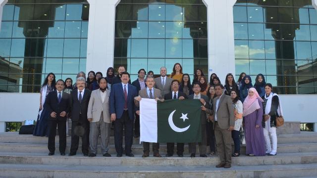 Pakistanlı öğrencilerden ziyaret