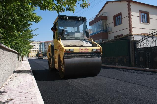 Karatay'da asfalt çalışmaları hız kesmiyor