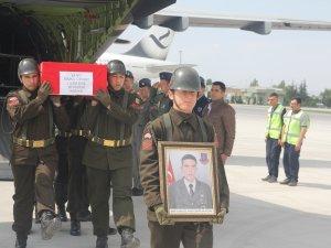 Şehit Uzman Çavuş Cesur'un cenazesi Konya'ya getirildi
