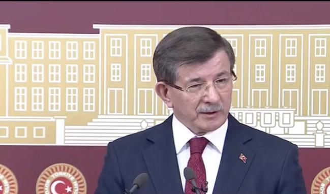 Ahmet Davutoğlu basın toplantısı düzenliyor!