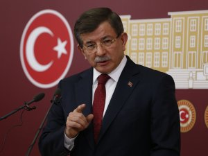 Davutoğlu: Cumhurbaşkanımız Erdoğan hepimizin adayıdır