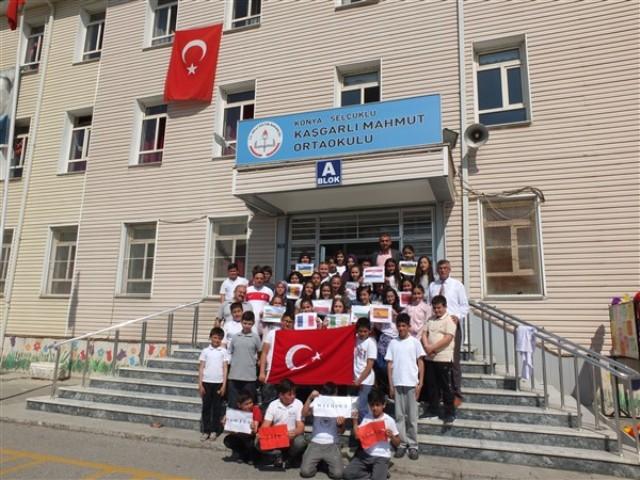 Kaşgarlı Mahmut Ortaokulu'ndan anlamlı proje