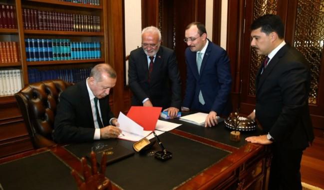 Erdoğan adaylık muvafakatnamesini imzaladı!