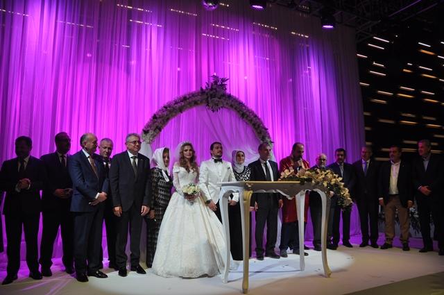 Ayşe ve Mehmet Ali'nin Mutlu Günü