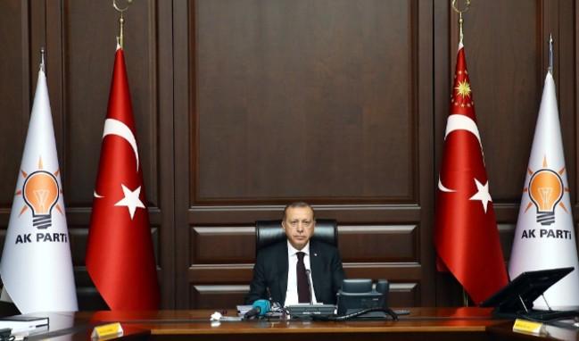 AK Parti'de kritik toplantı!